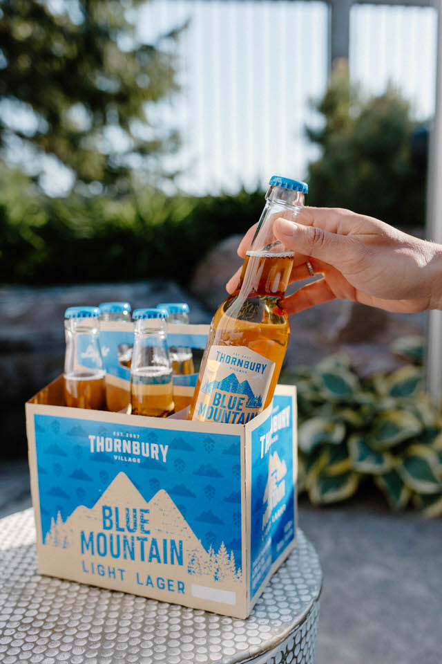 blue-mountain-product-photography
