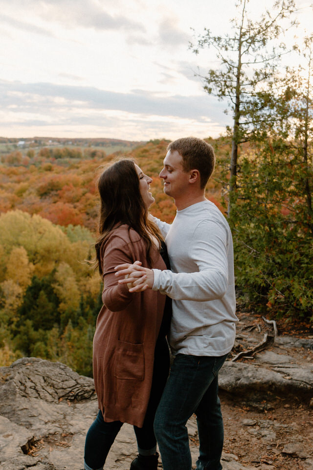 Nottawasaga Bluffs Couples Session